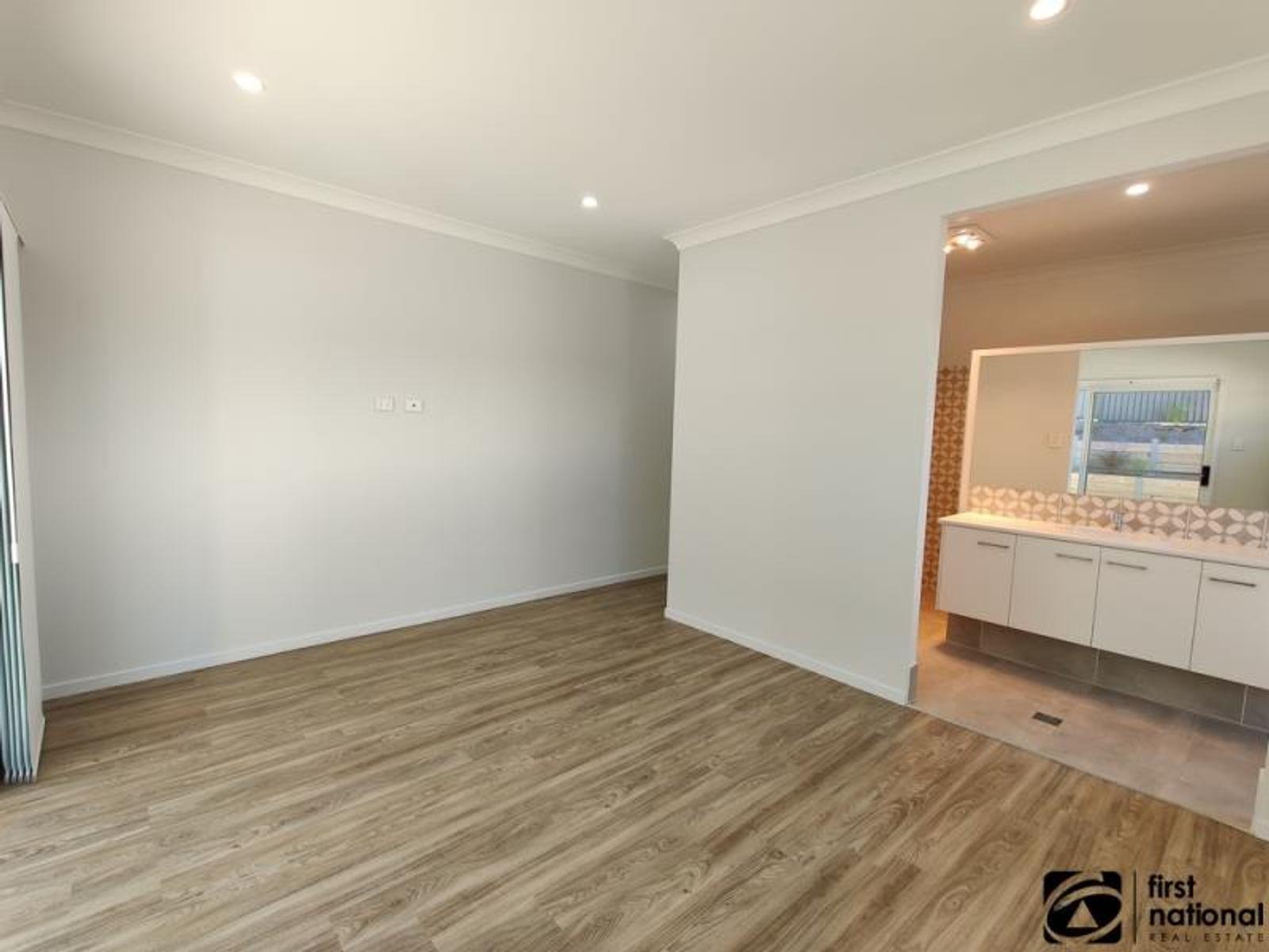7 Burleigh Crescent, Woolgoolga, NSW 2456