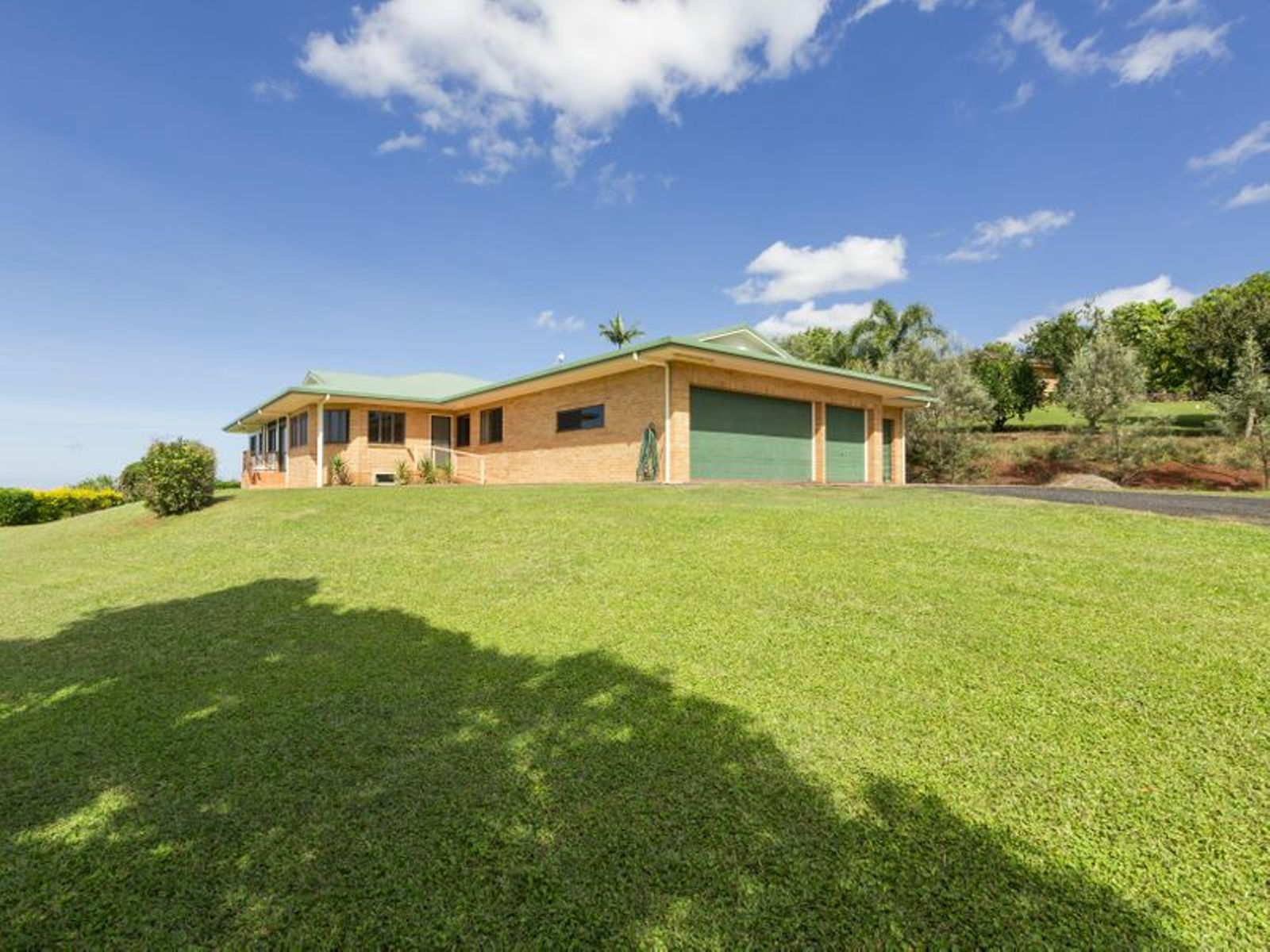 2 Kimberley Drive, Innisfail, QLD 4860