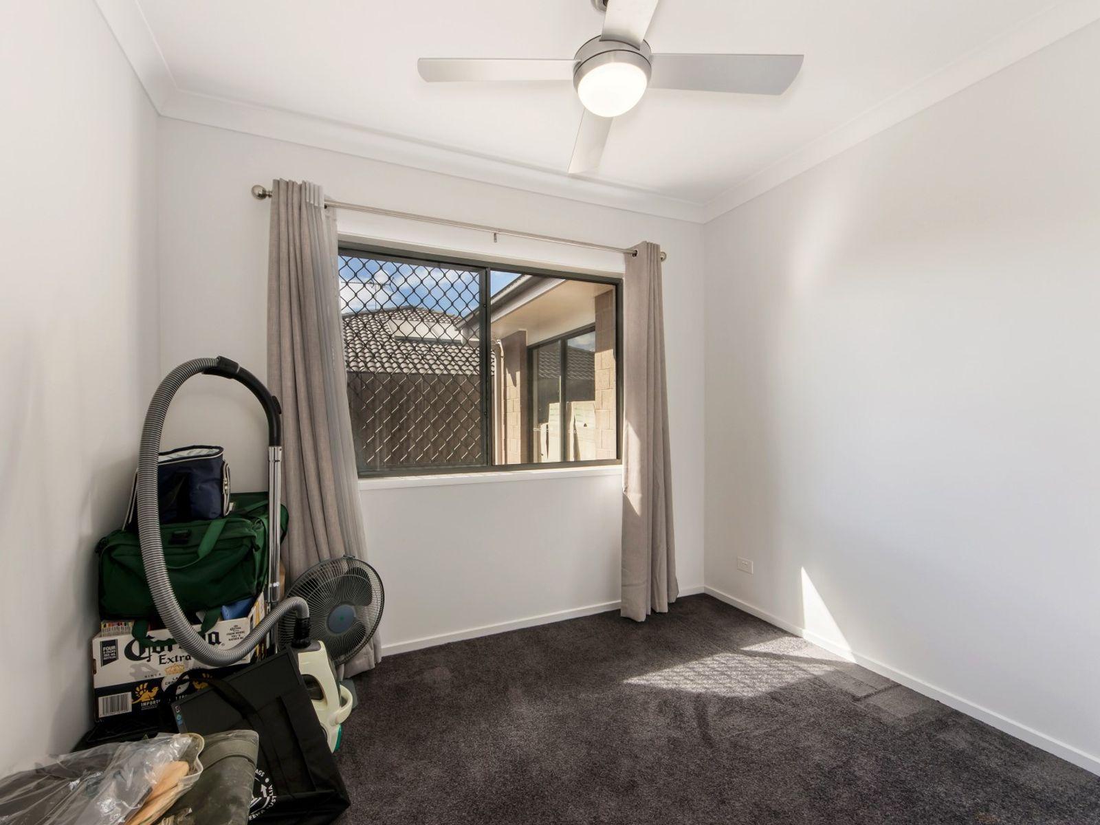 5 Rosemary Street, Deebing Heights, QLD 4306