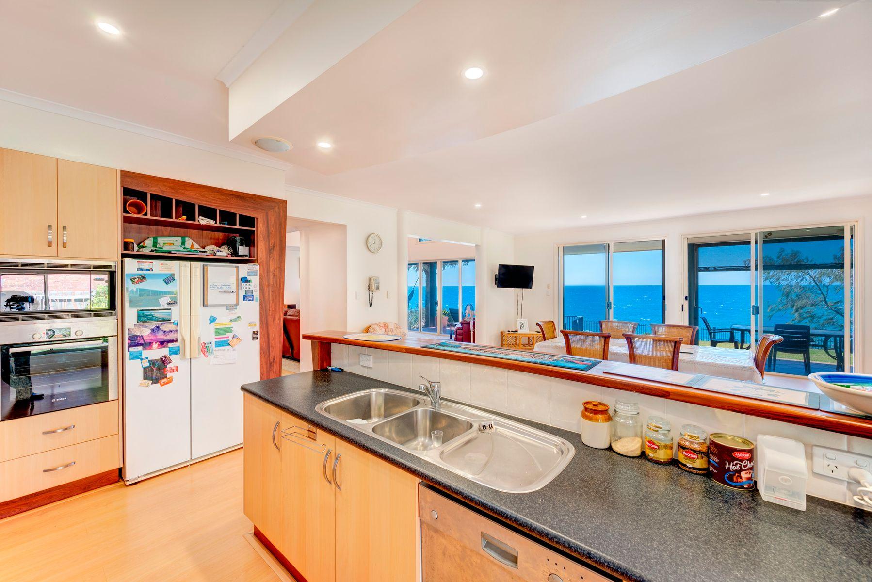 62 Barolin Esplanade, Coral Cove, QLD 4670