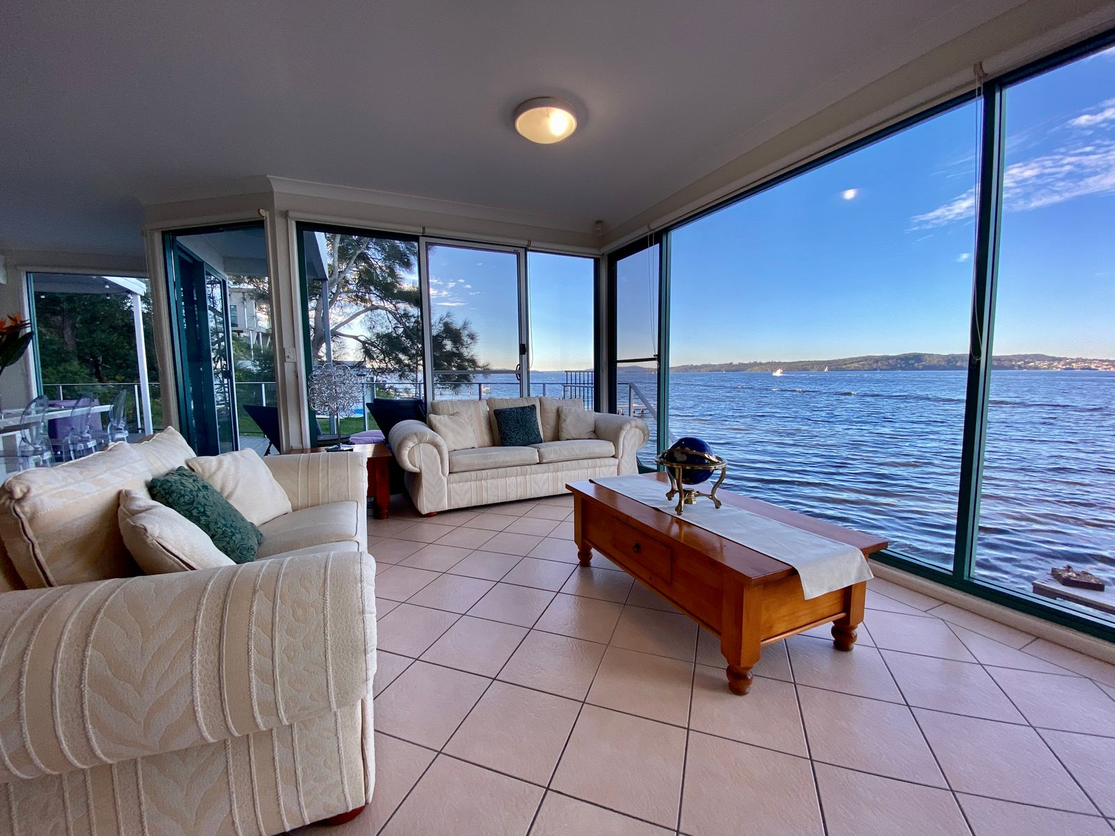 2/3 Robey Crescent, Coal Point, NSW 2283