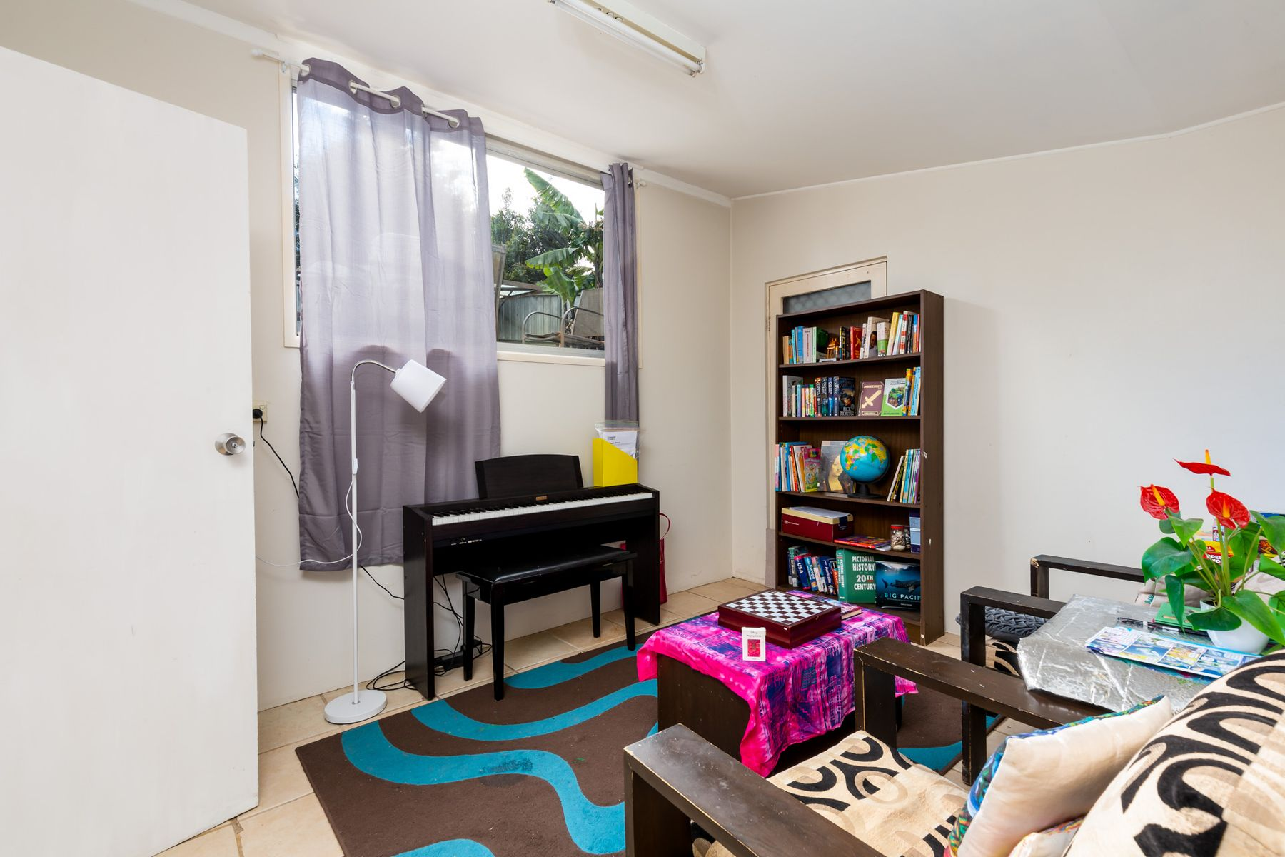 11 Lois Crescent, Cardiff, NSW 2285
