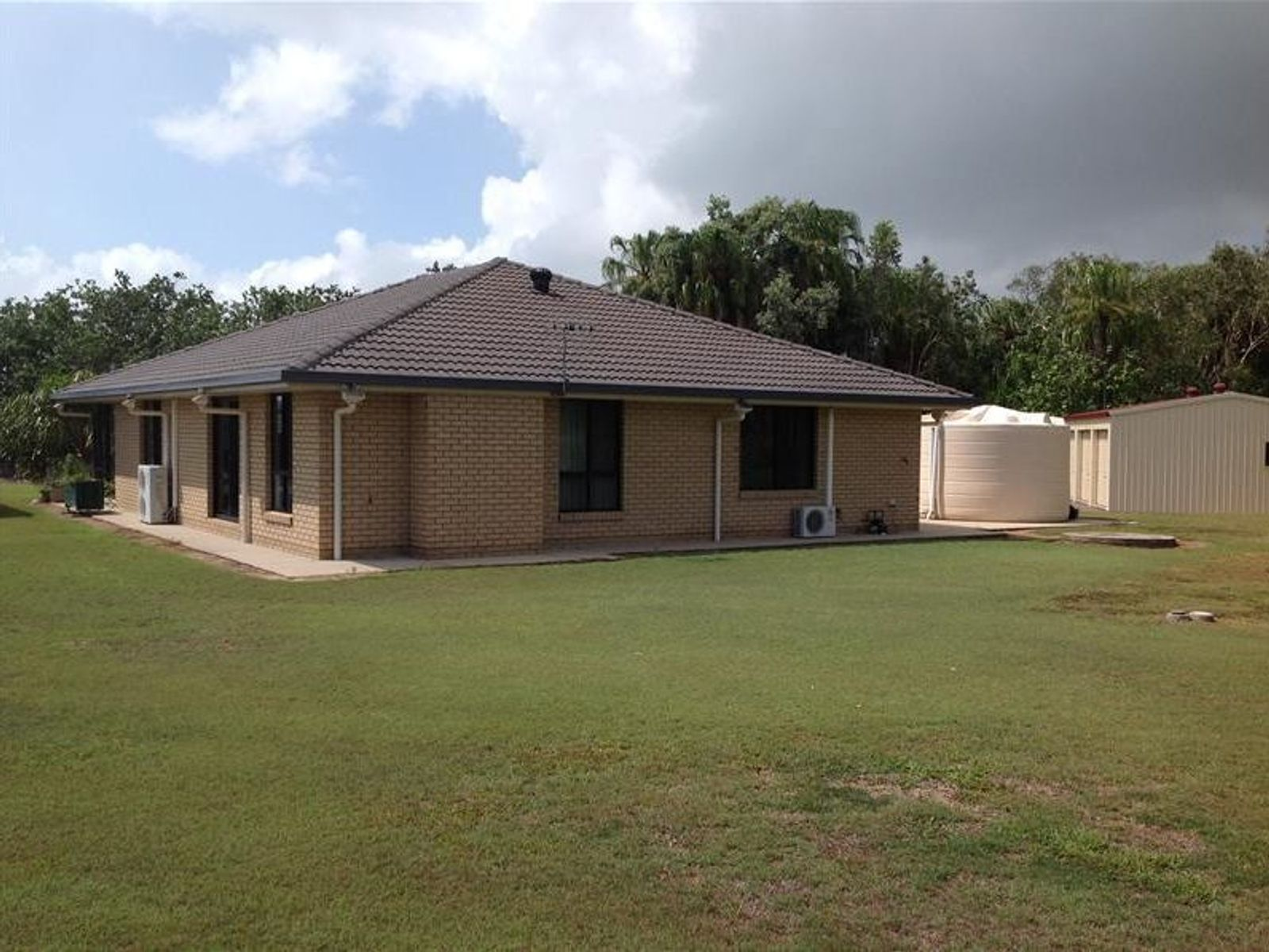 20 Donald Place, Armstrong Beach, QLD 4737