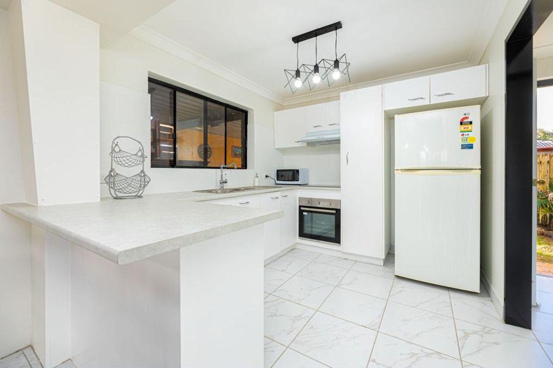 9/13 Burrawong Avenue, Bongaree, QLD 4507