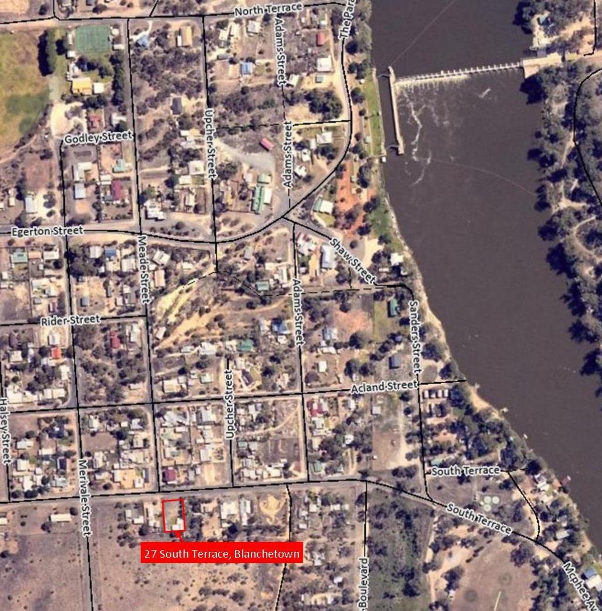27 South Tce, Blanchetown, SA 5357