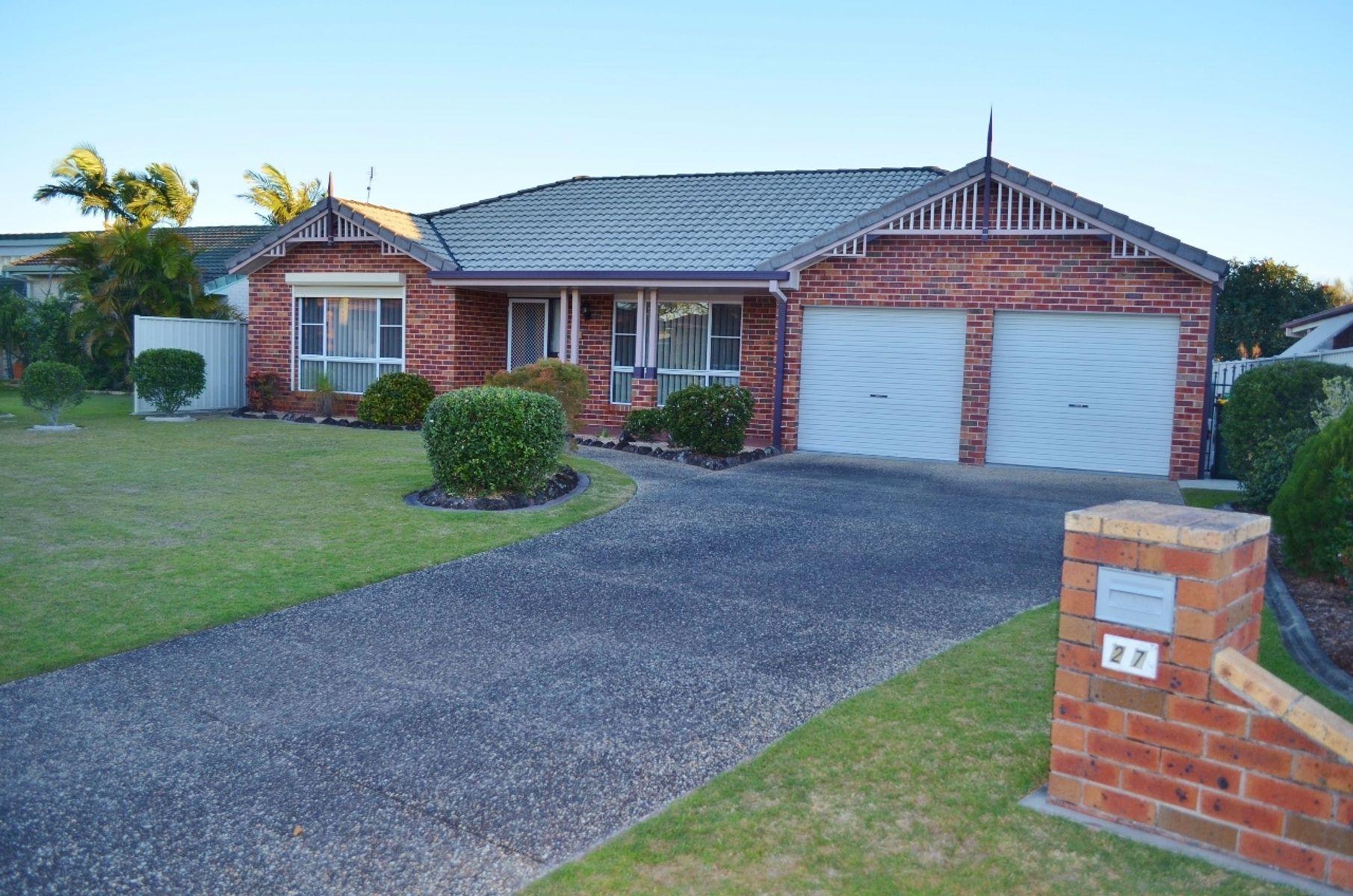 27 Acacia Circuit, Yamba, NSW 2464