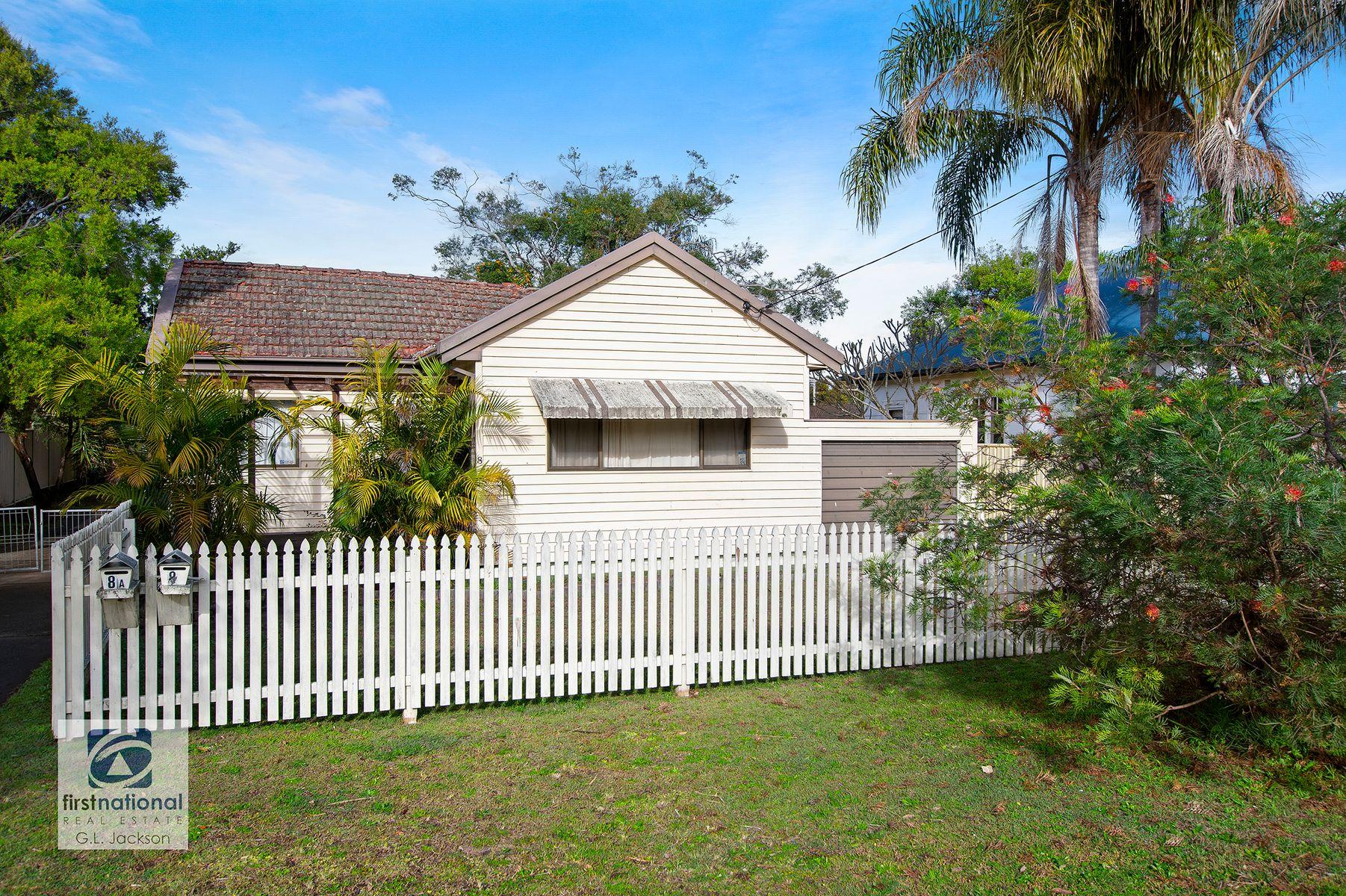 8 Priestman Ave, Umina Beach, NSW 2257