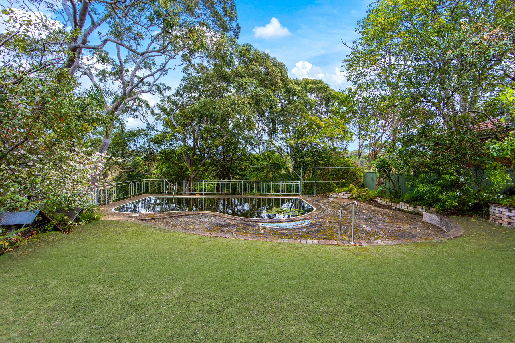 19 Seeland Place, Padstow Heights, NSW 2211