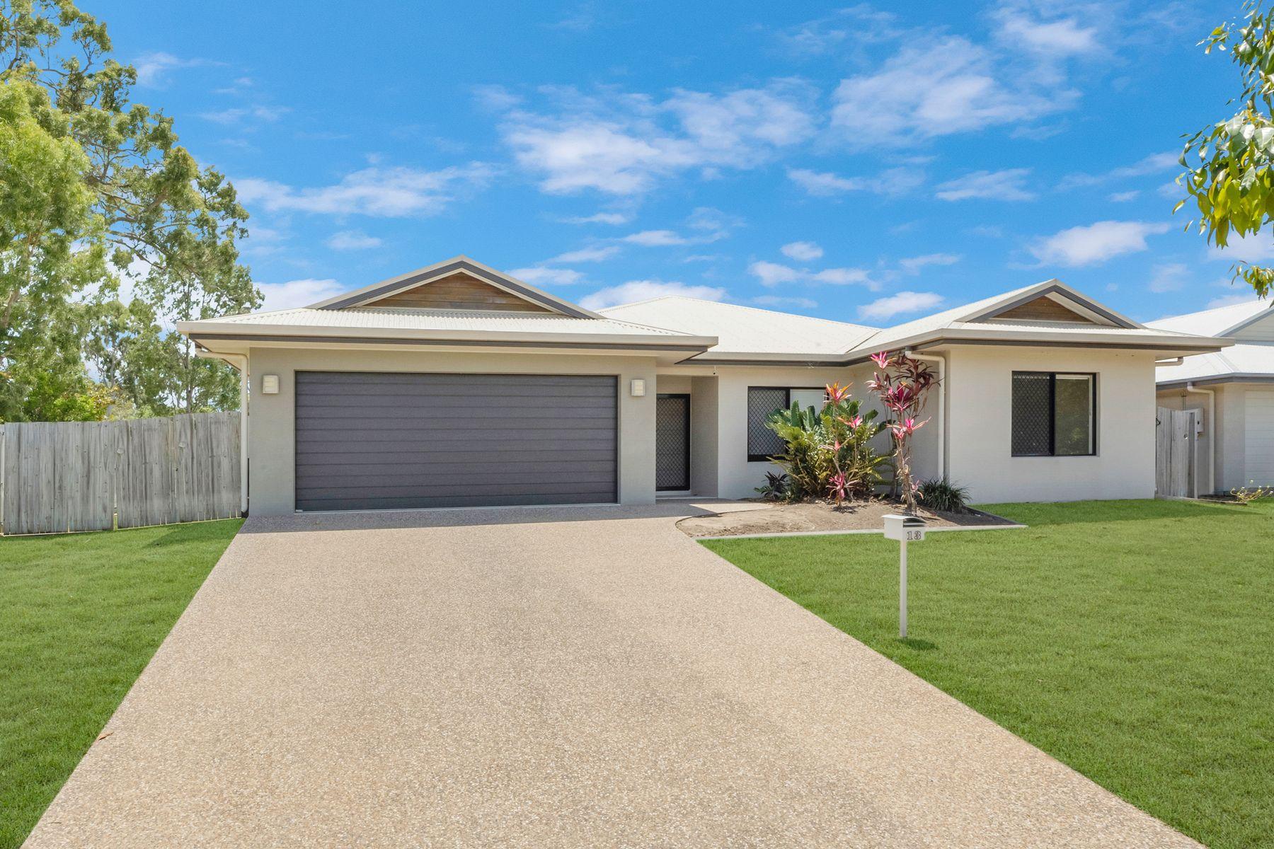 13 Lochern Way, Bushland Beach, QLD 4818