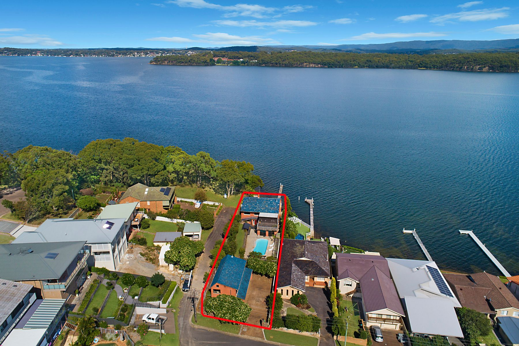 24 Eleebana Rd, Eleebana NSW 2282, Australia, House for Sale
