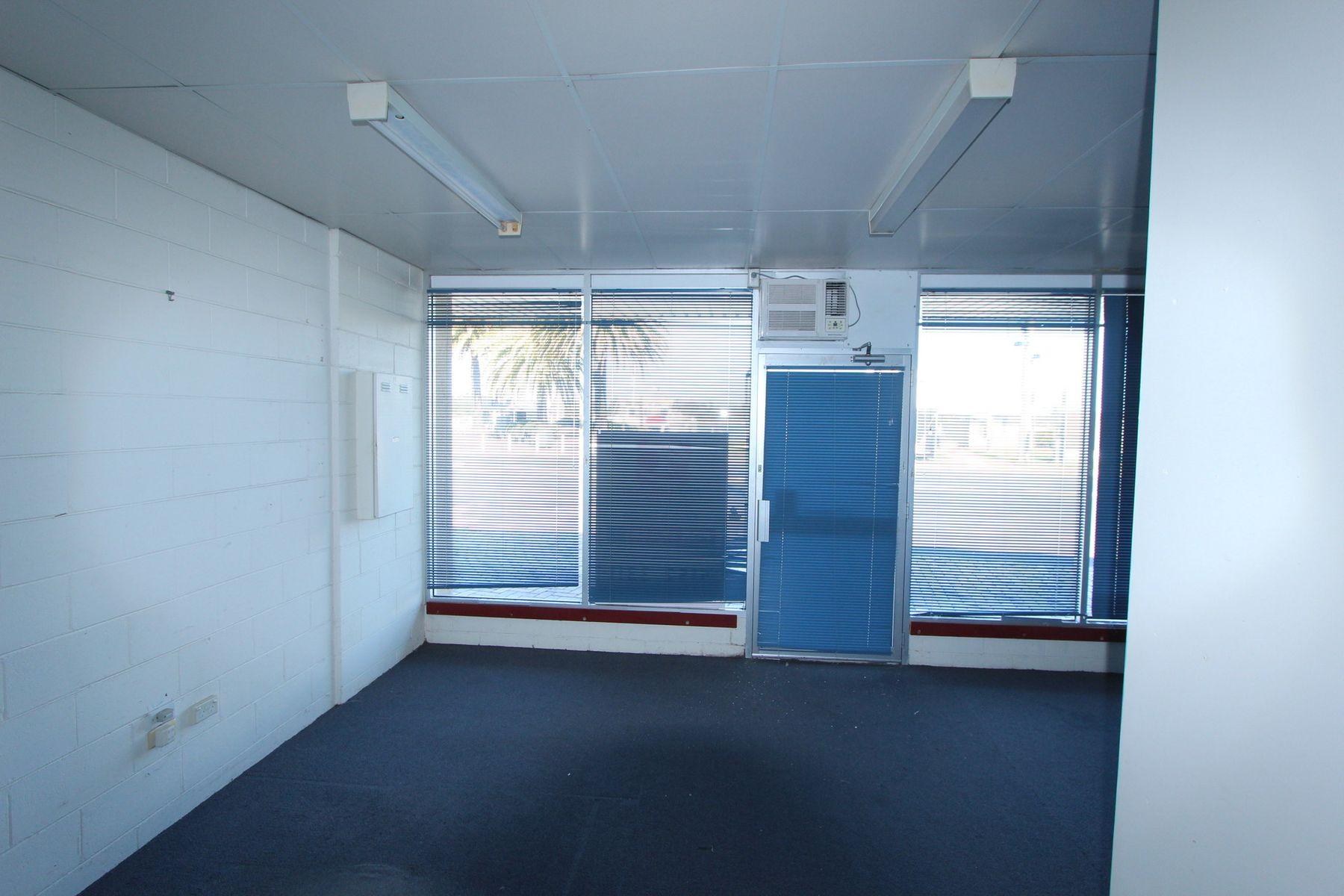 2/271 Esplanade, Lakes Entrance, VIC 3909