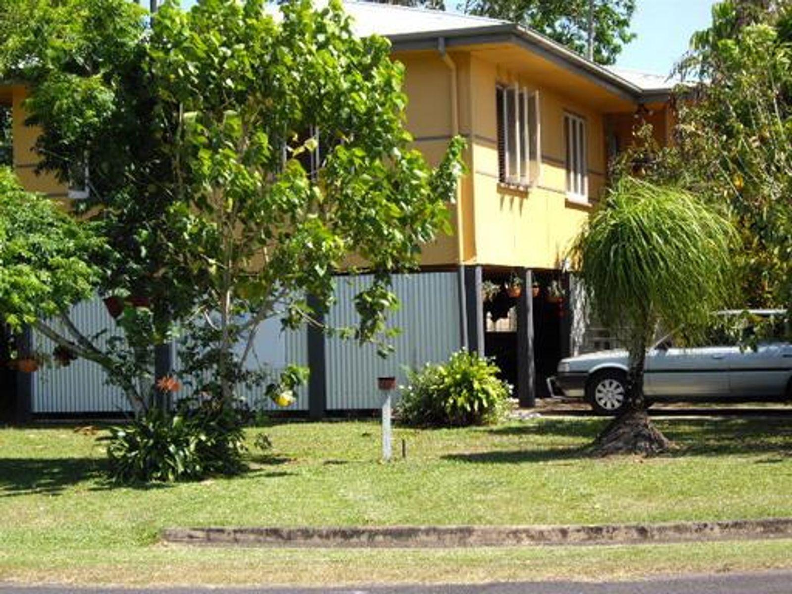 1 BOURKE STREET, South Innisfail, QLD 4860