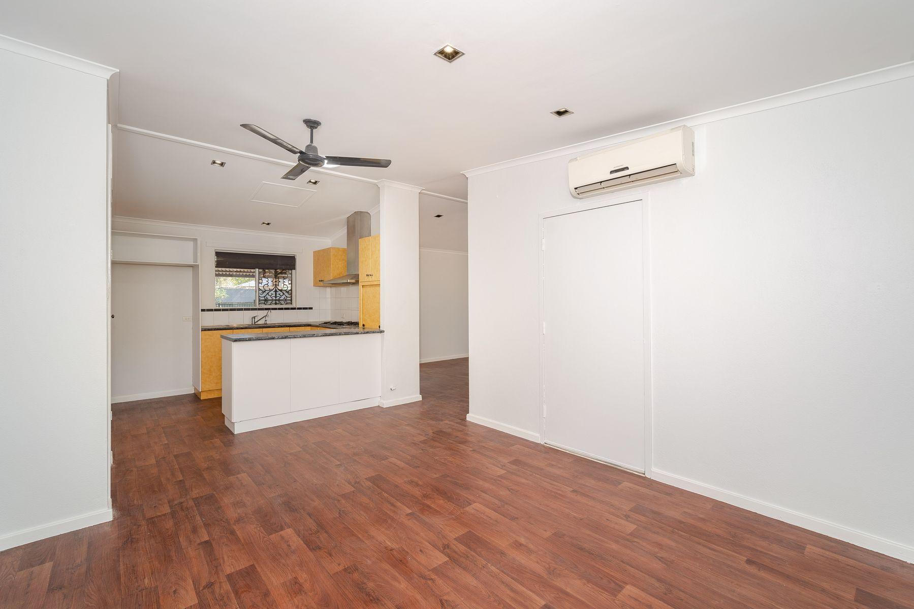24 Van Senden Avenue, Araluen, NT 0870