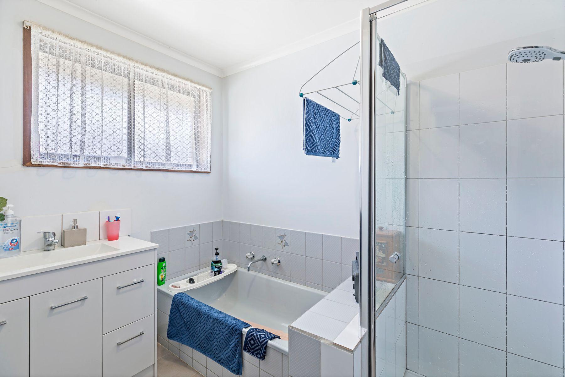 319 Mackenzie Street West, Kangaroo Flat, VIC 3555
