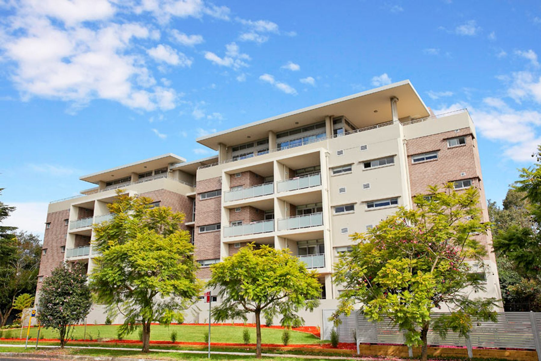 310/1-3 Sturt Place, St Ives, NSW 2075