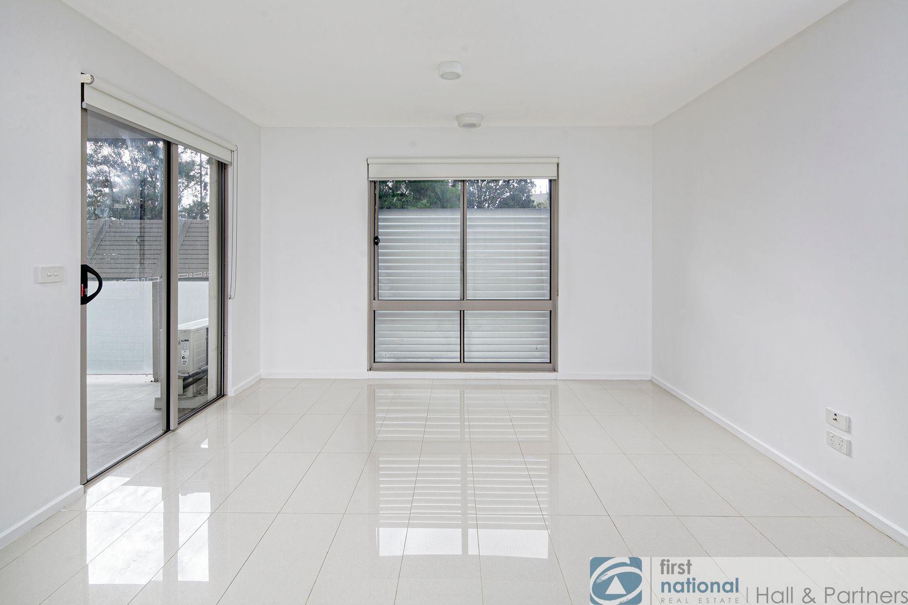 17/12 Close Avenue, Dandenong, VIC 3175