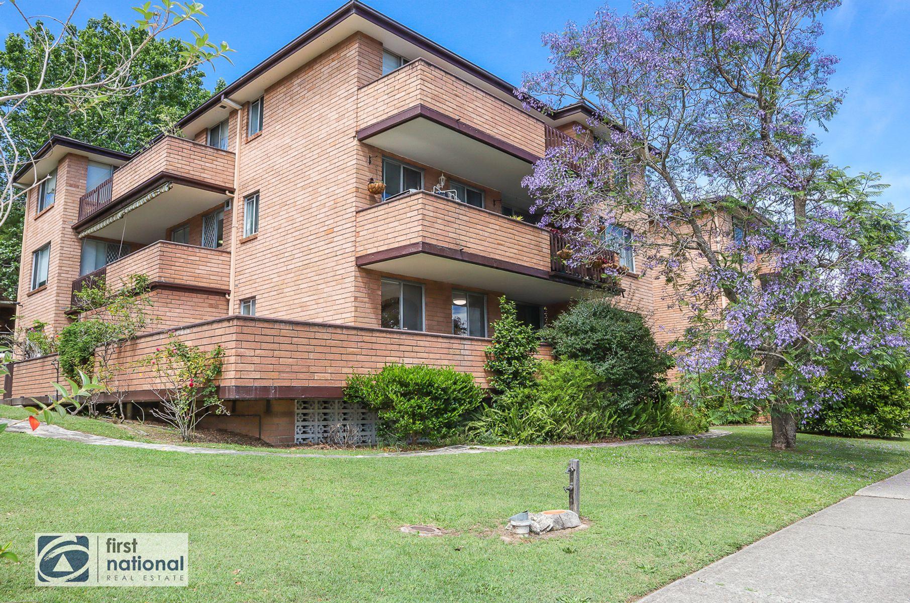 1/58-60 Hunter Street, Hornsby, NSW 2077