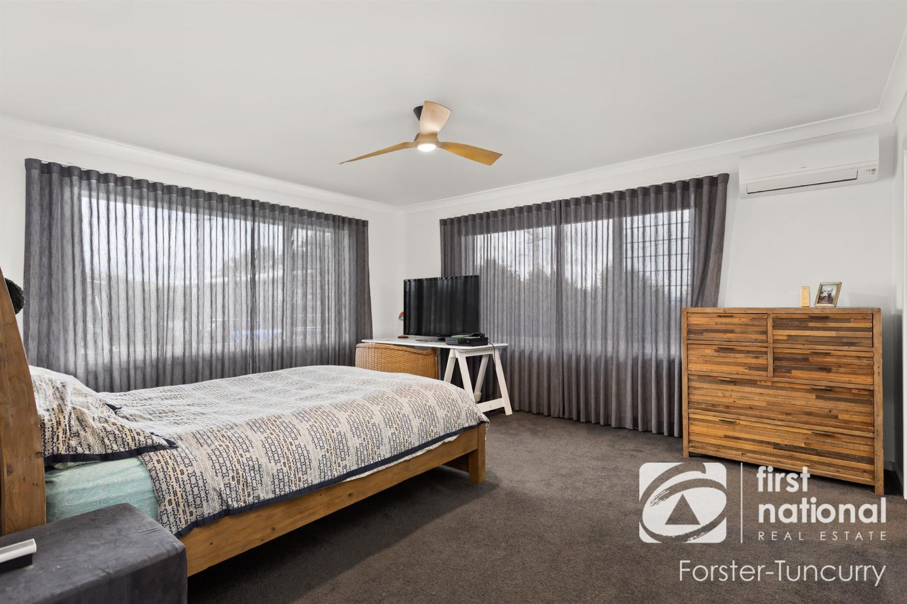 7 Sunbakers Drive, Forster, NSW 2428