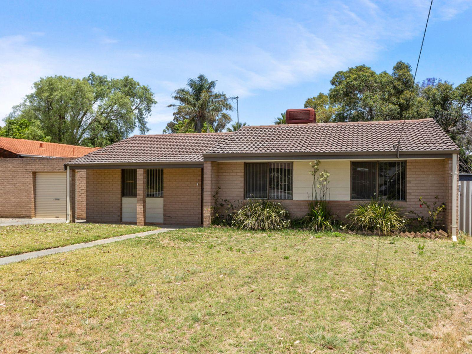 16 Palm Terrace, Forrestfield, WA 6058
