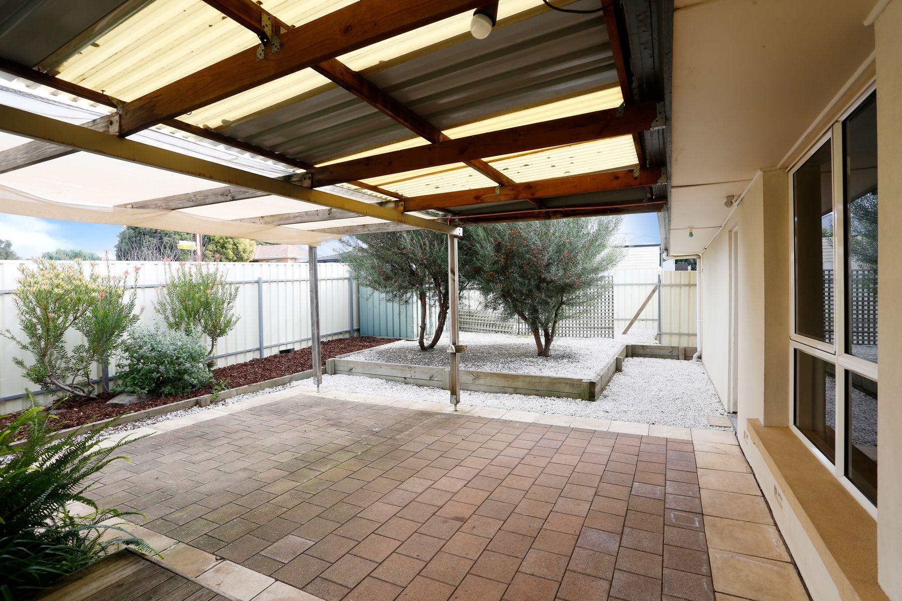 13 Araluen Street, Ridgehaven, SA 5097