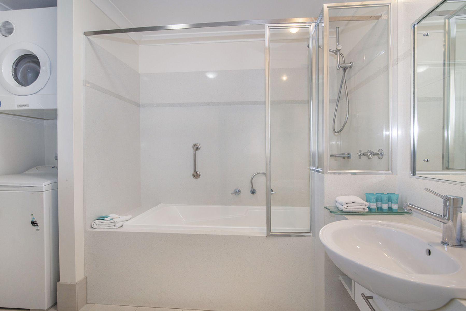 130/1 Resort Place, Gnarabup, WA 6285