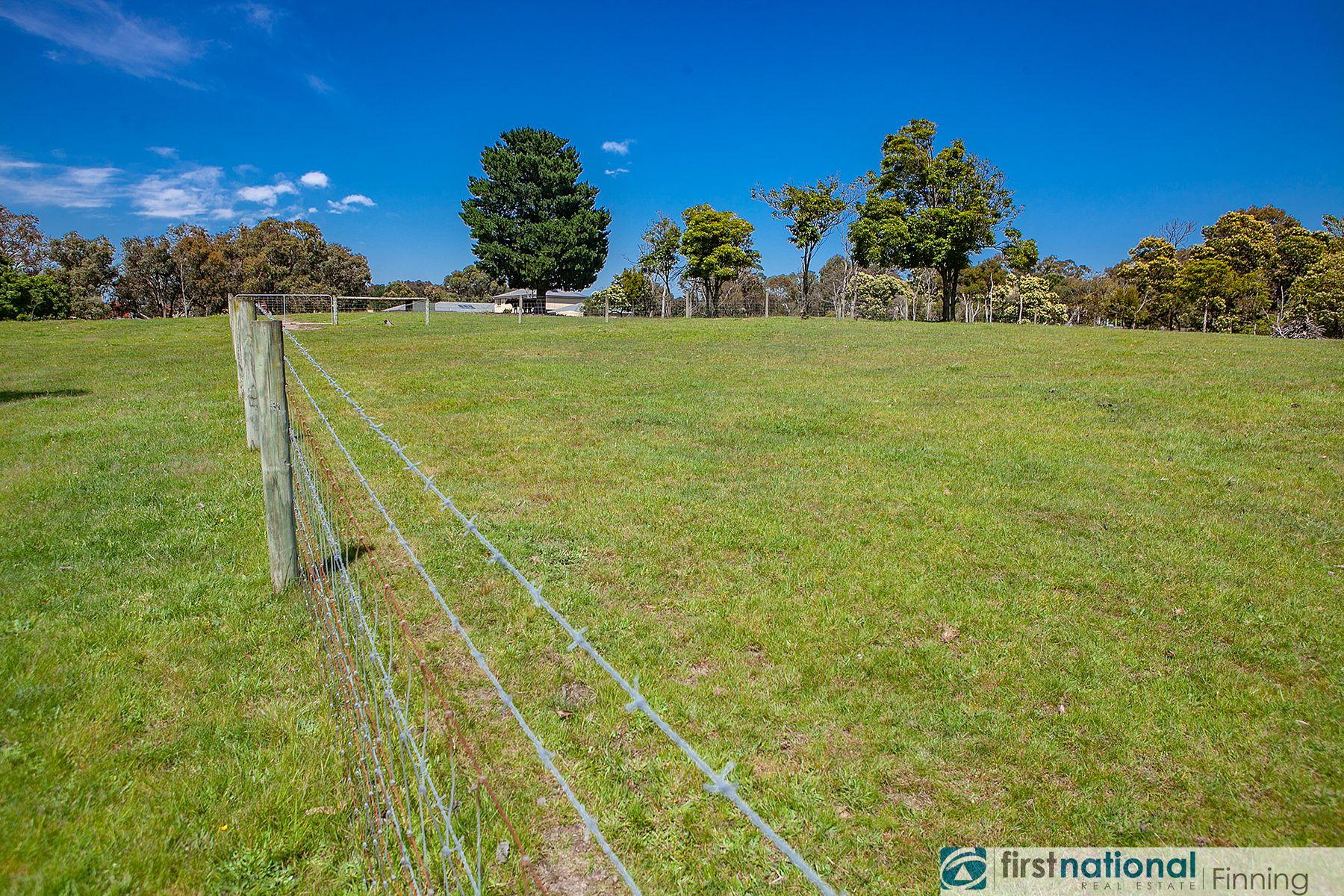 20 Woodlands Road, Cranbourne South, VIC 3977
