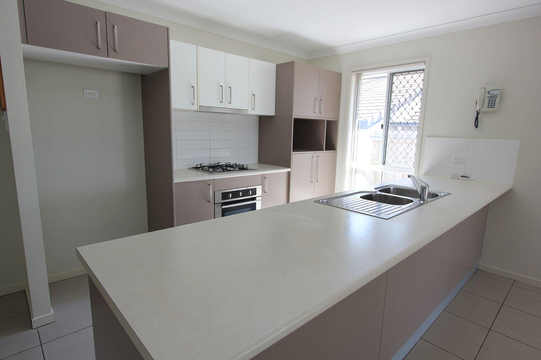 26 Sandi Street, Oxley, QLD 4075