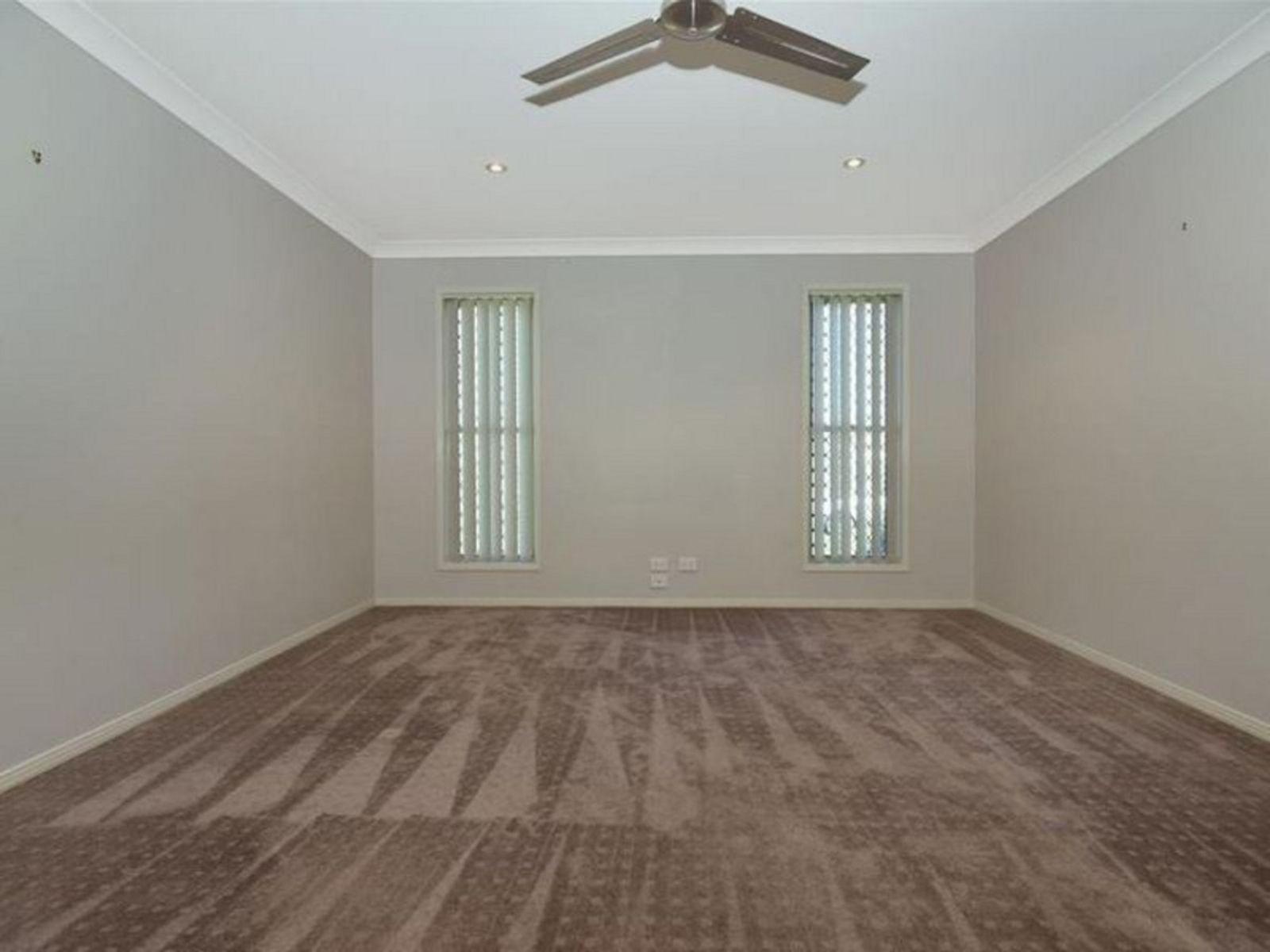 10 Kingston Road, Hodgson Vale, QLD 4352
