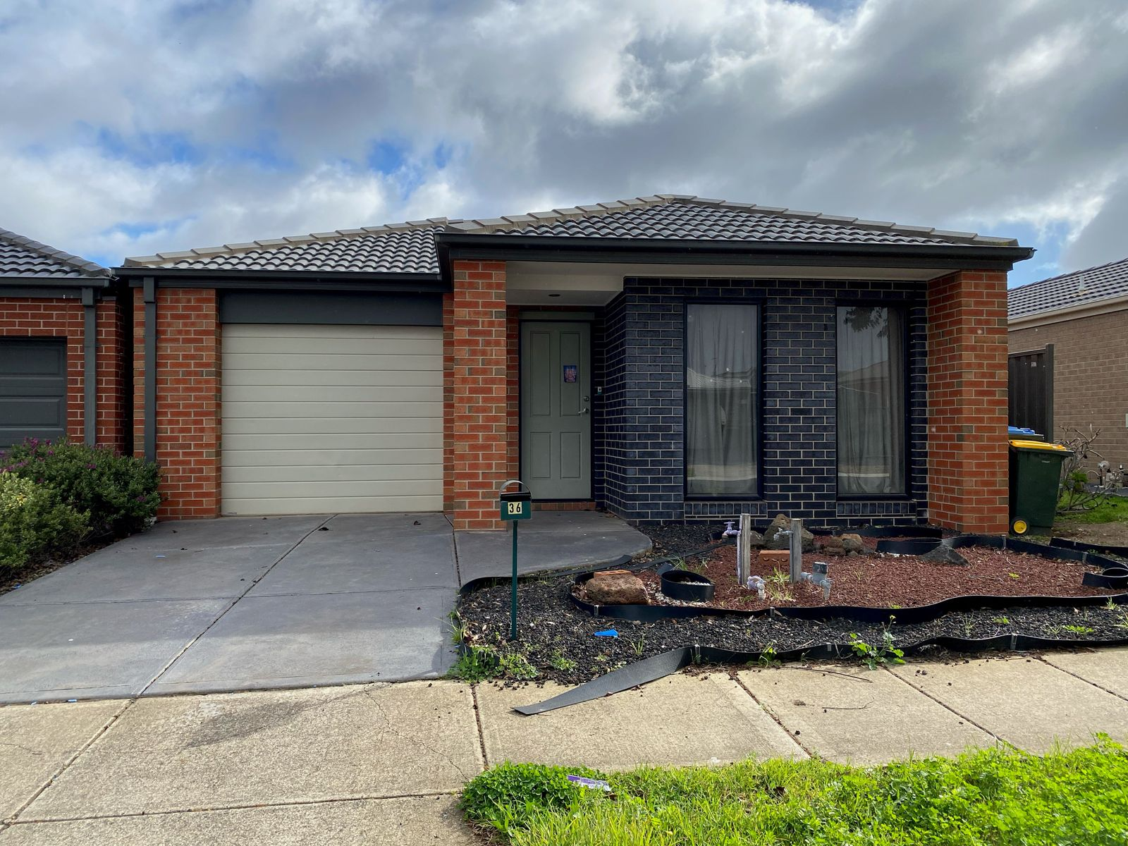 36 Grovedale Way, Manor Lakes, VIC 3024