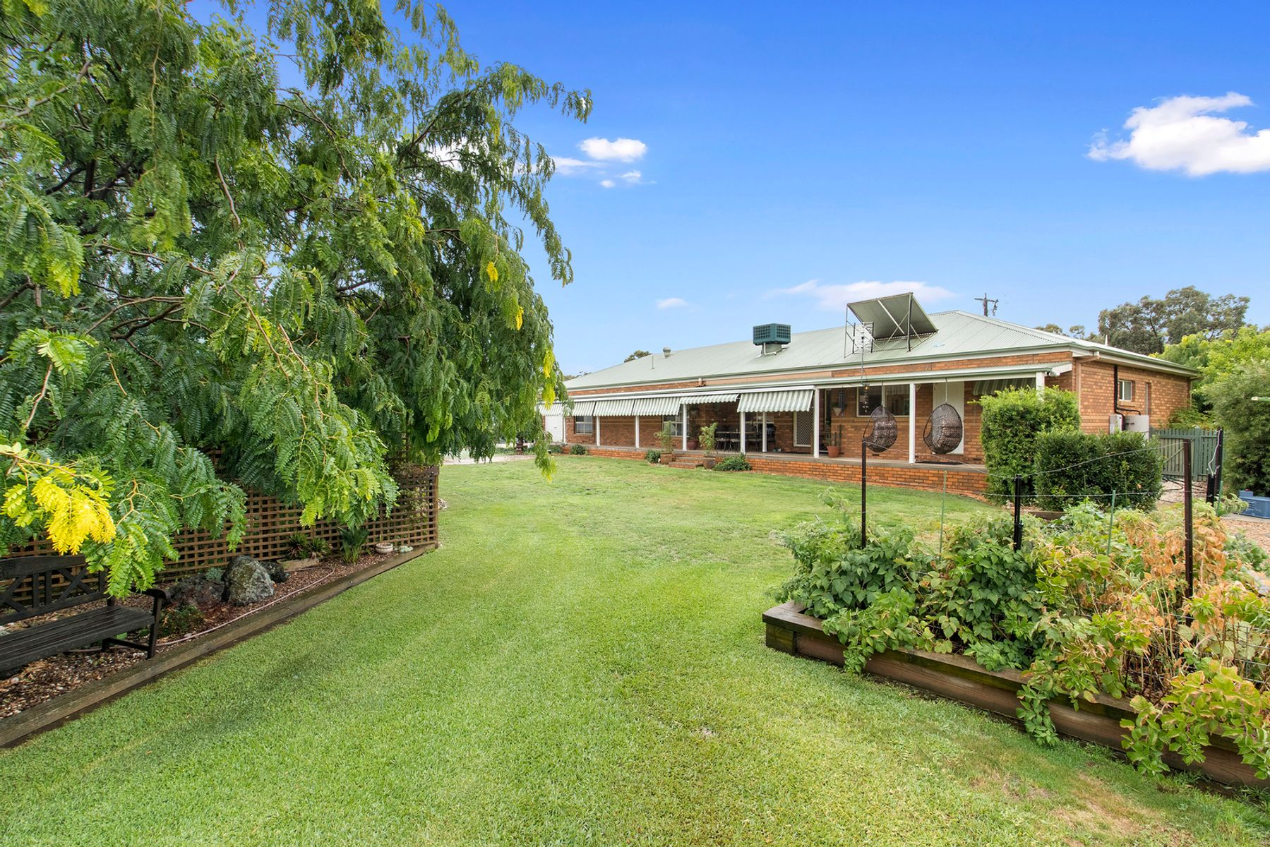 15 Cooper Grove, Strathfieldsaye, VIC 3551