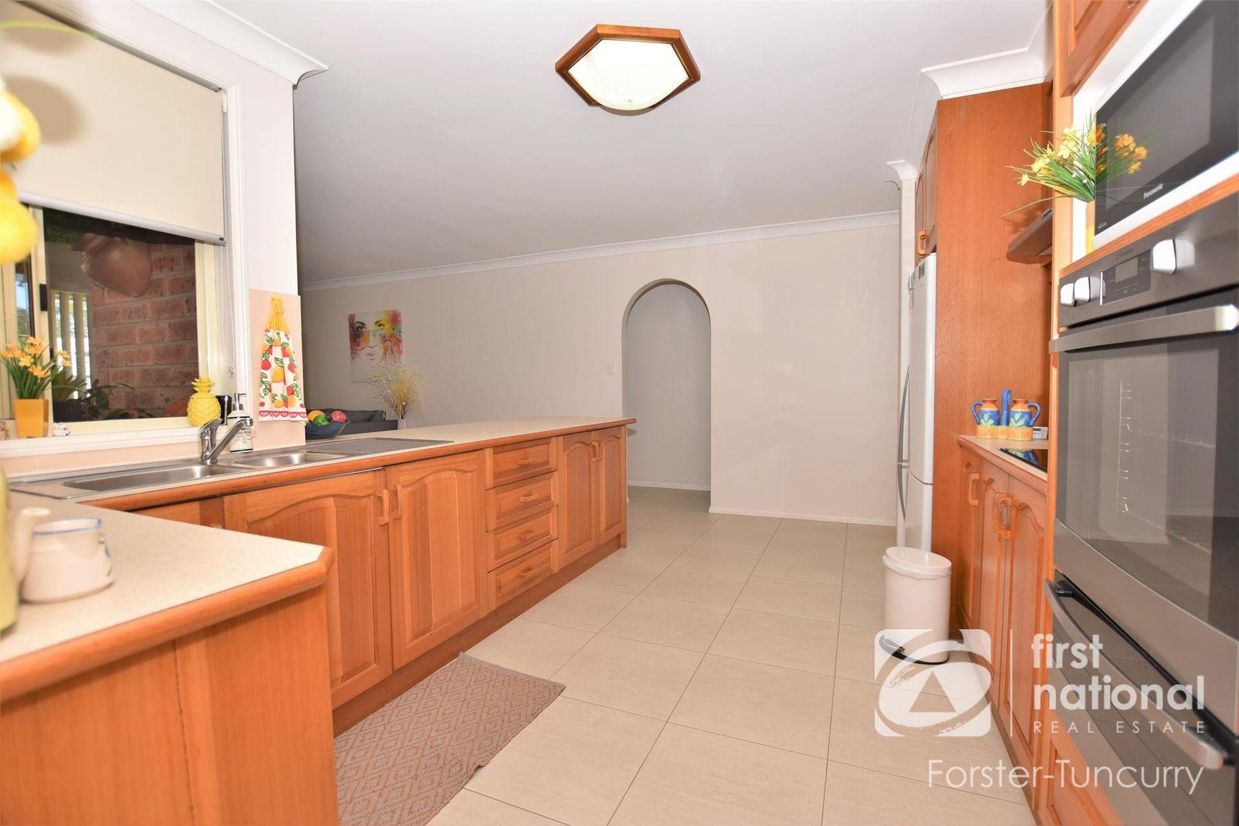 3 Rebecca Jane Close, Tuncurry, NSW 2428