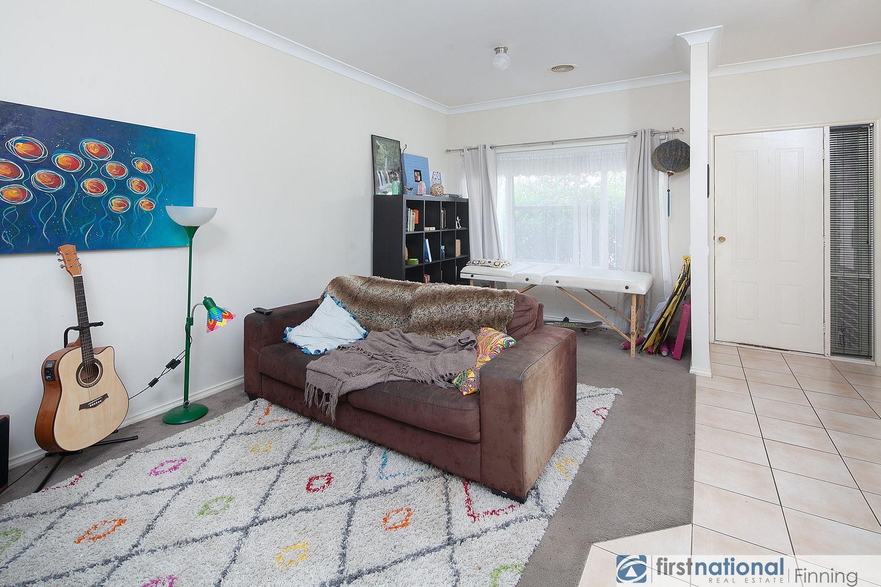 20 Fetlock Lane, Cranbourne East, VIC 3977