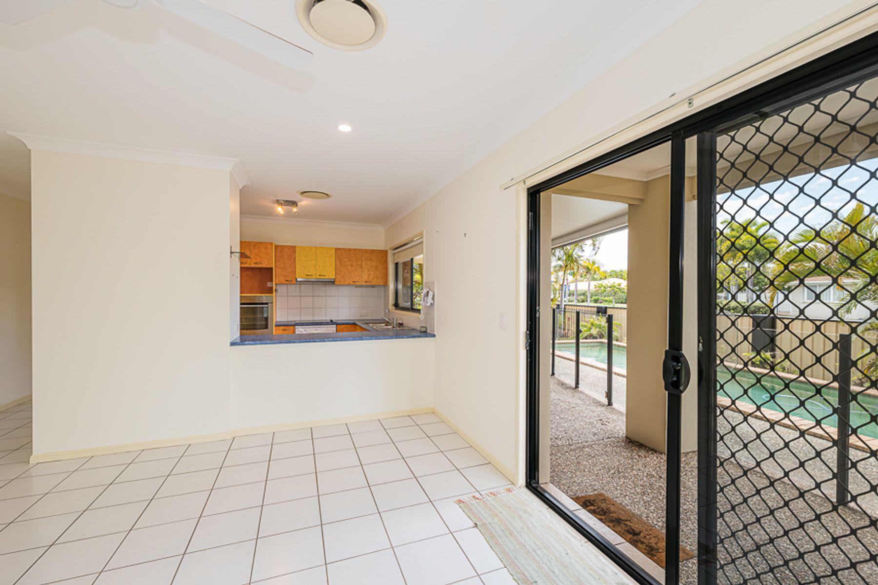 7 Quarterdeck Drive, Banksia Beach, QLD 4507
