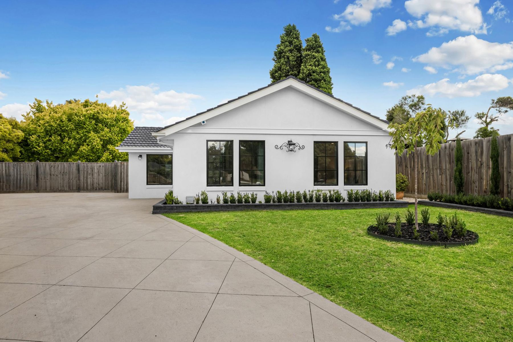16 Tasman Close, Wantirna South, VIC 3152