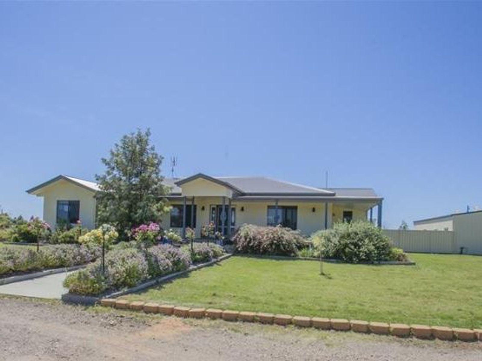 55 Tomlinson Court, Chinchilla, QLD 4413