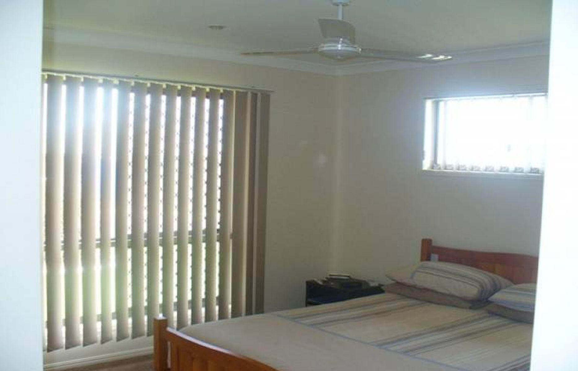 8 Linderberg Street, Kalkie, QLD 4670