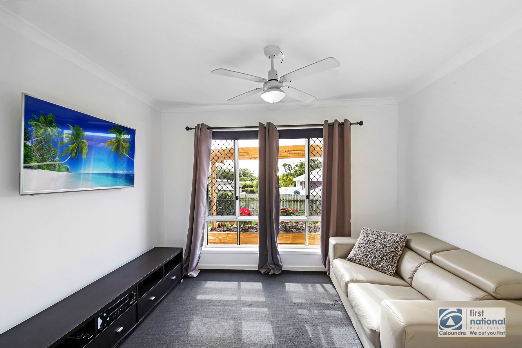 4 Highland Terrace, Little Mountain, QLD 4551