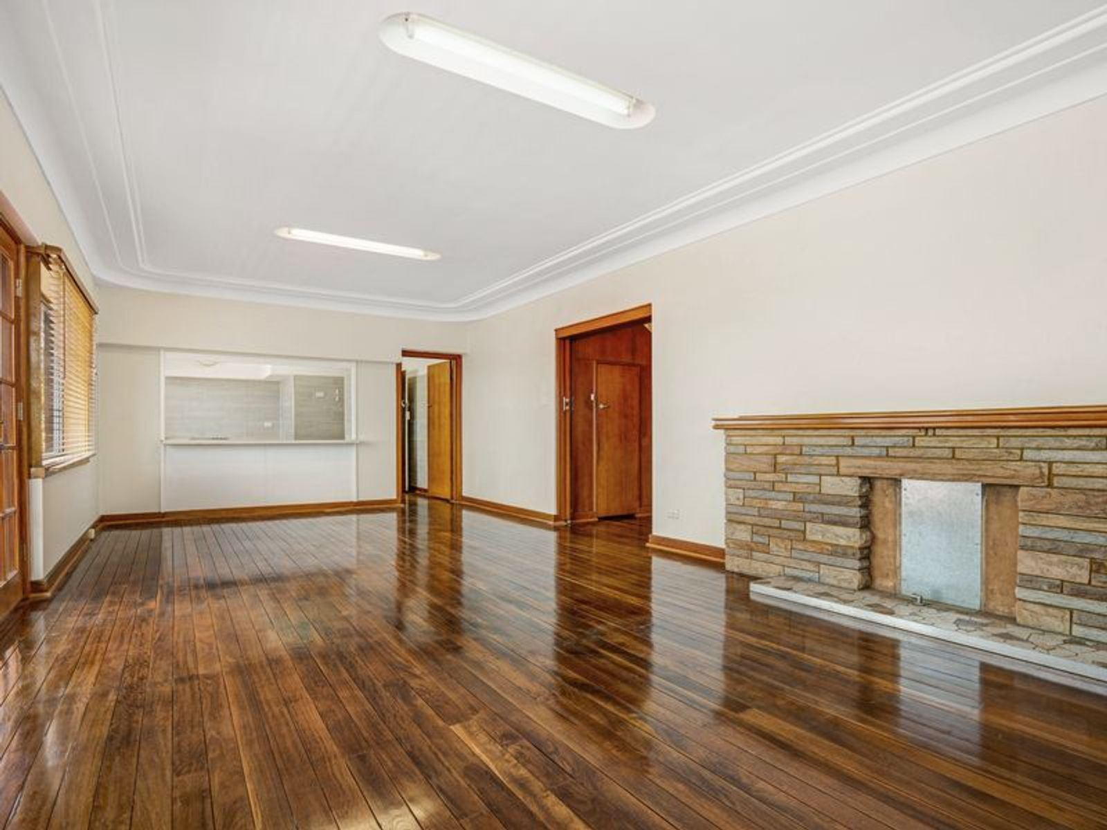 112 Crescent Road, Waratah, NSW 2298