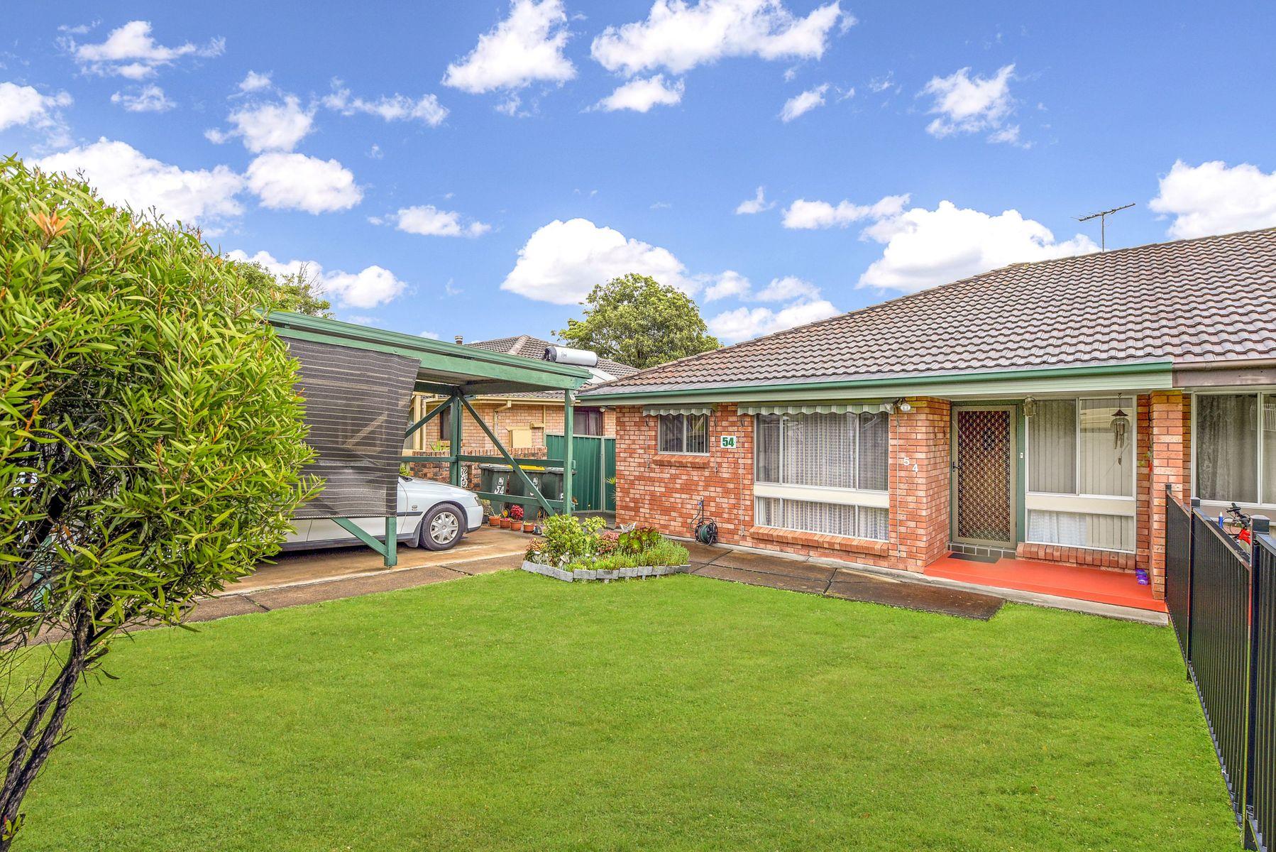 54 Fenton Crescent, Minto, NSW 2566