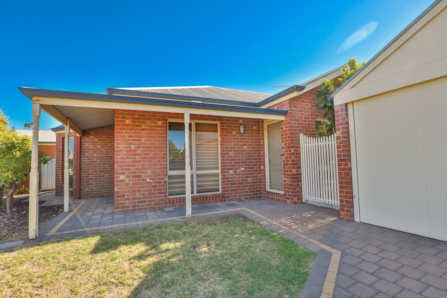 2/1 Harvest Court, Mildura, VIC 3500