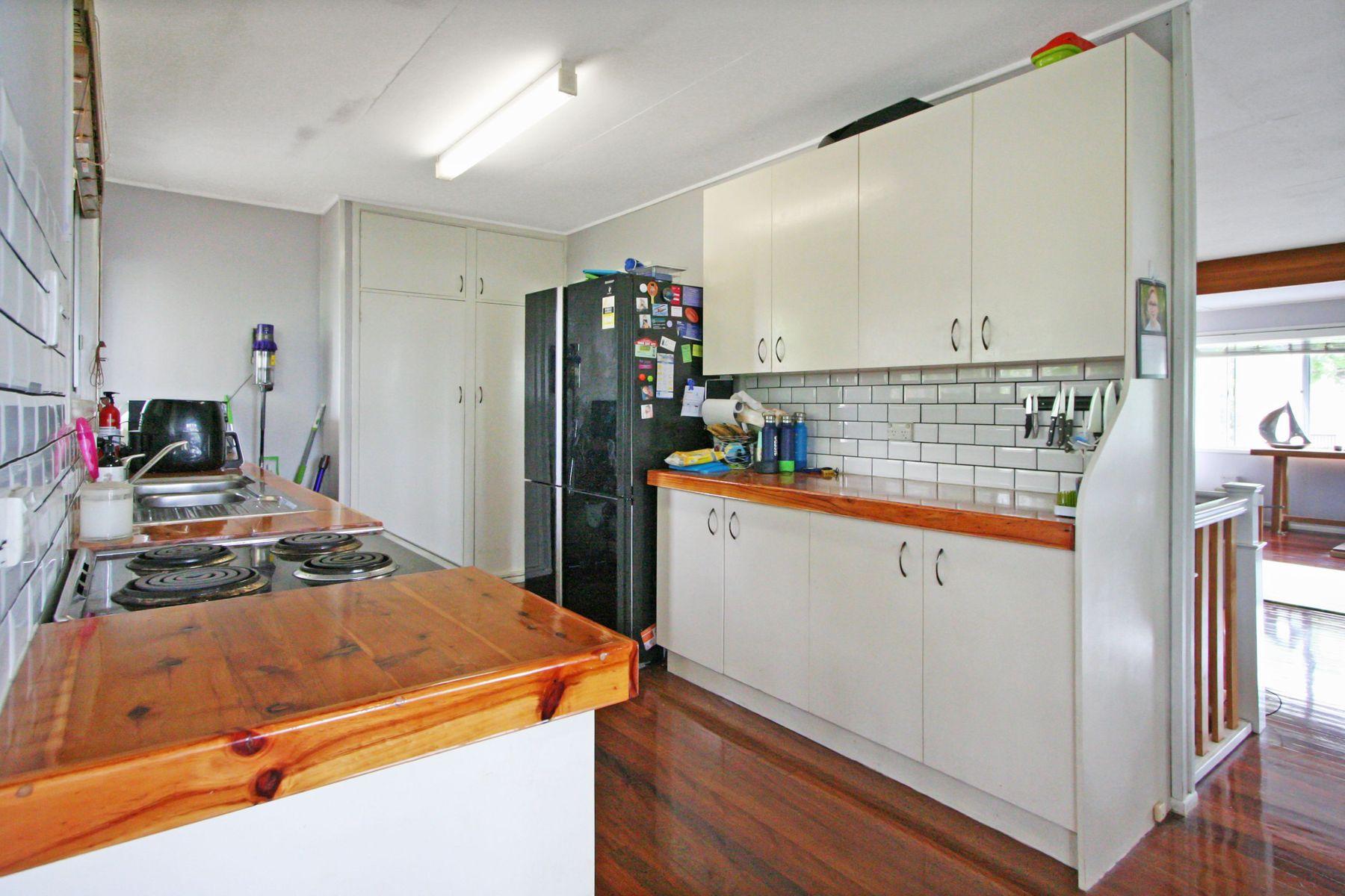 52 Carnation Street, Wynnum, QLD 4178