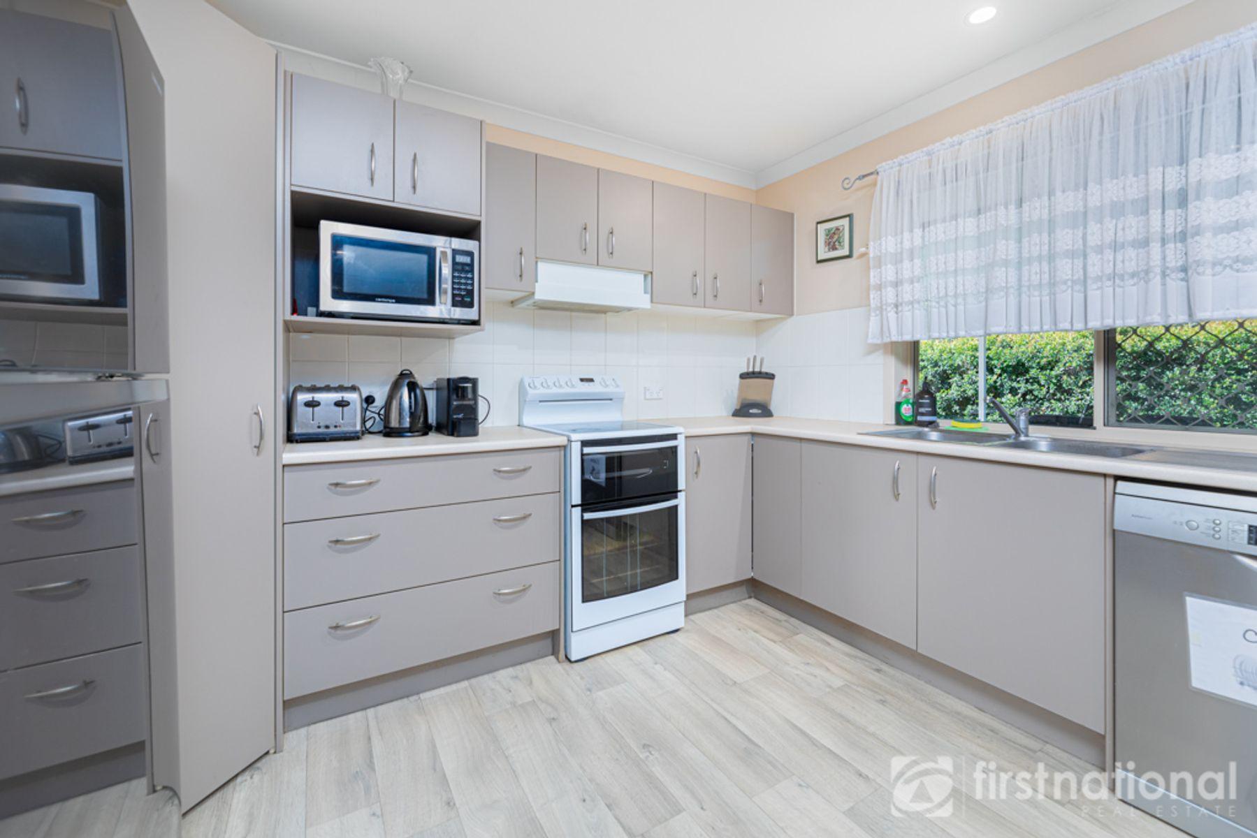 16 Winston Court, Landsborough, QLD 4550