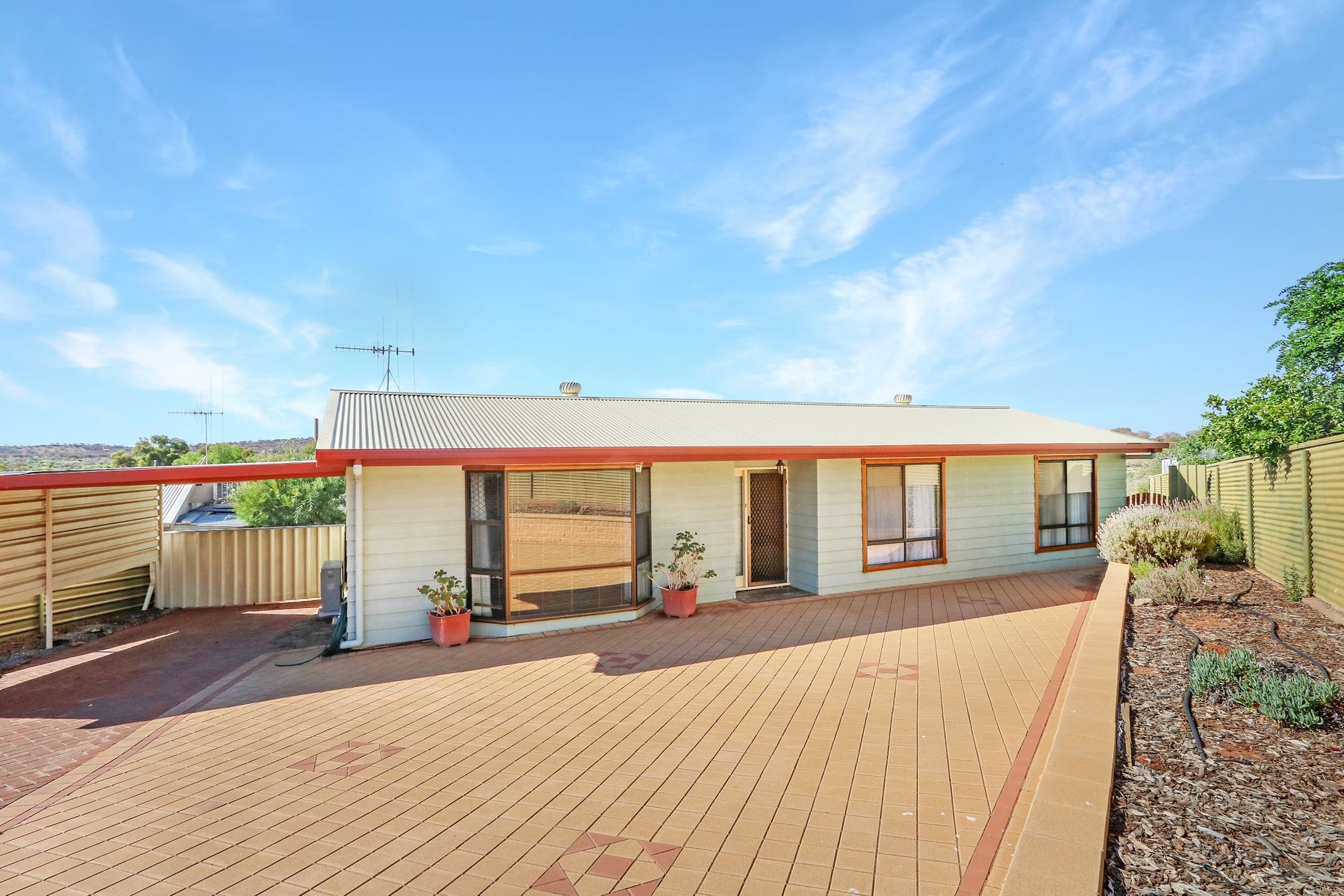 12 Cummins Place, Broken Hill, NSW 2880