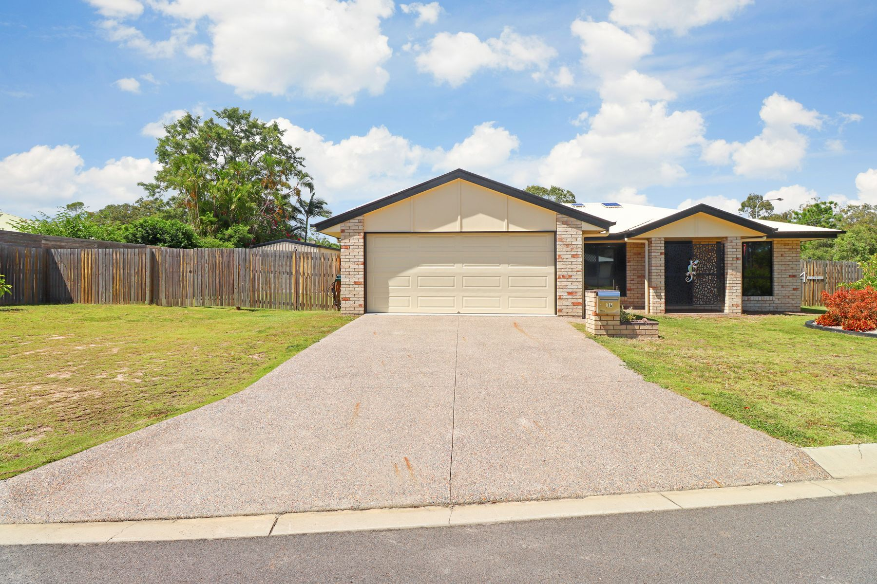 14 Gilston Road, Wondunna, QLD 4655