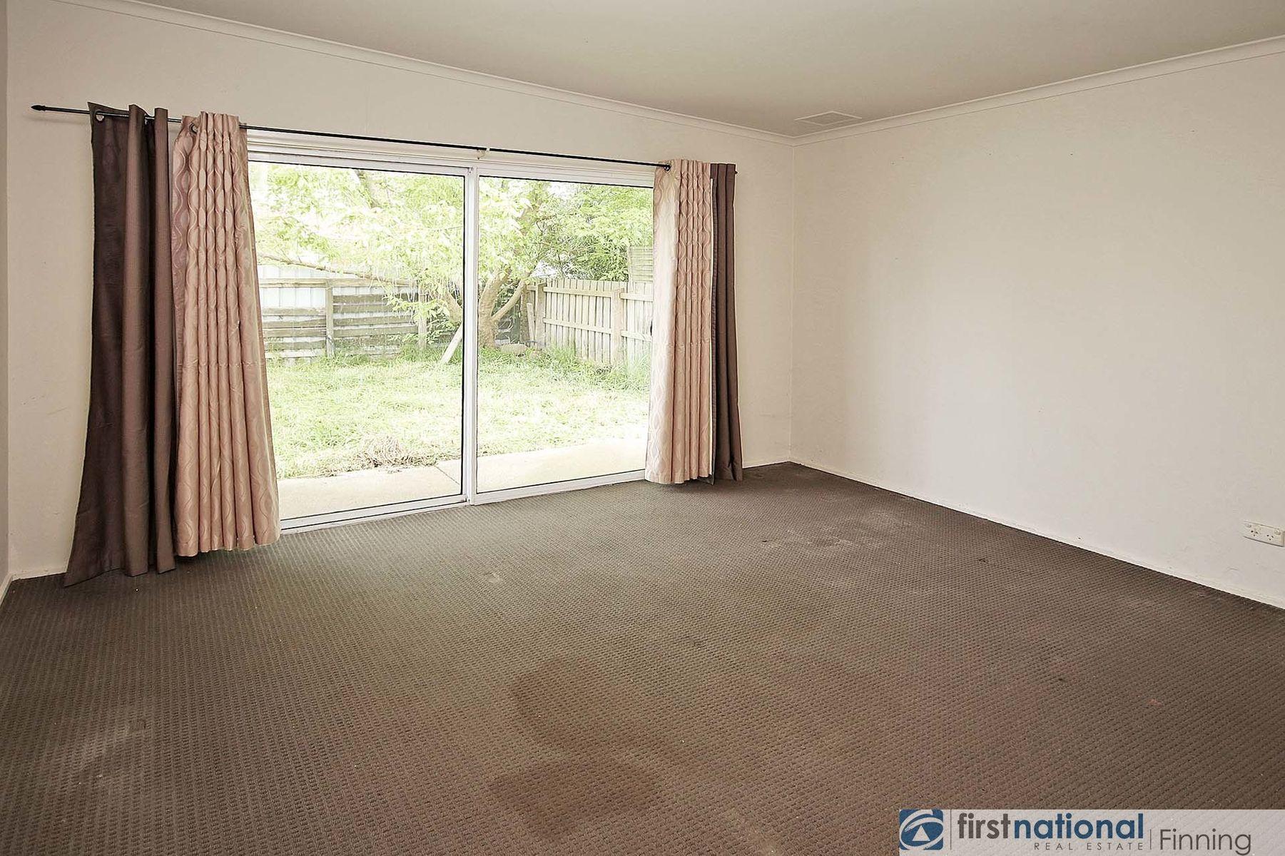 34 Circle Drive, Cranbourne, VIC 3977