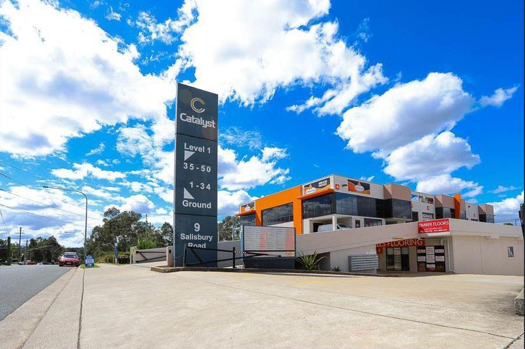 2a/9 Salisbury Road, Castle Hill, NSW 2154