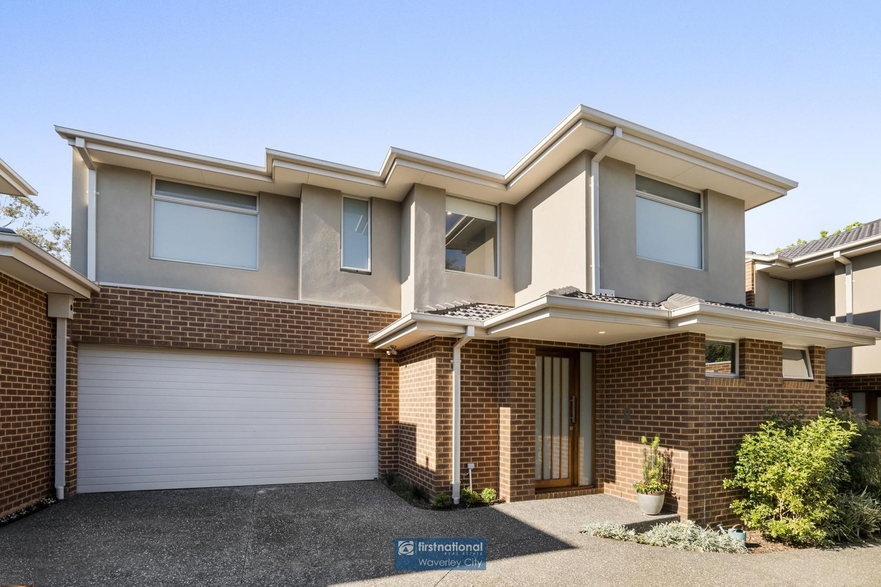 2/21 Scott Grove, Burwood, VIC 3125