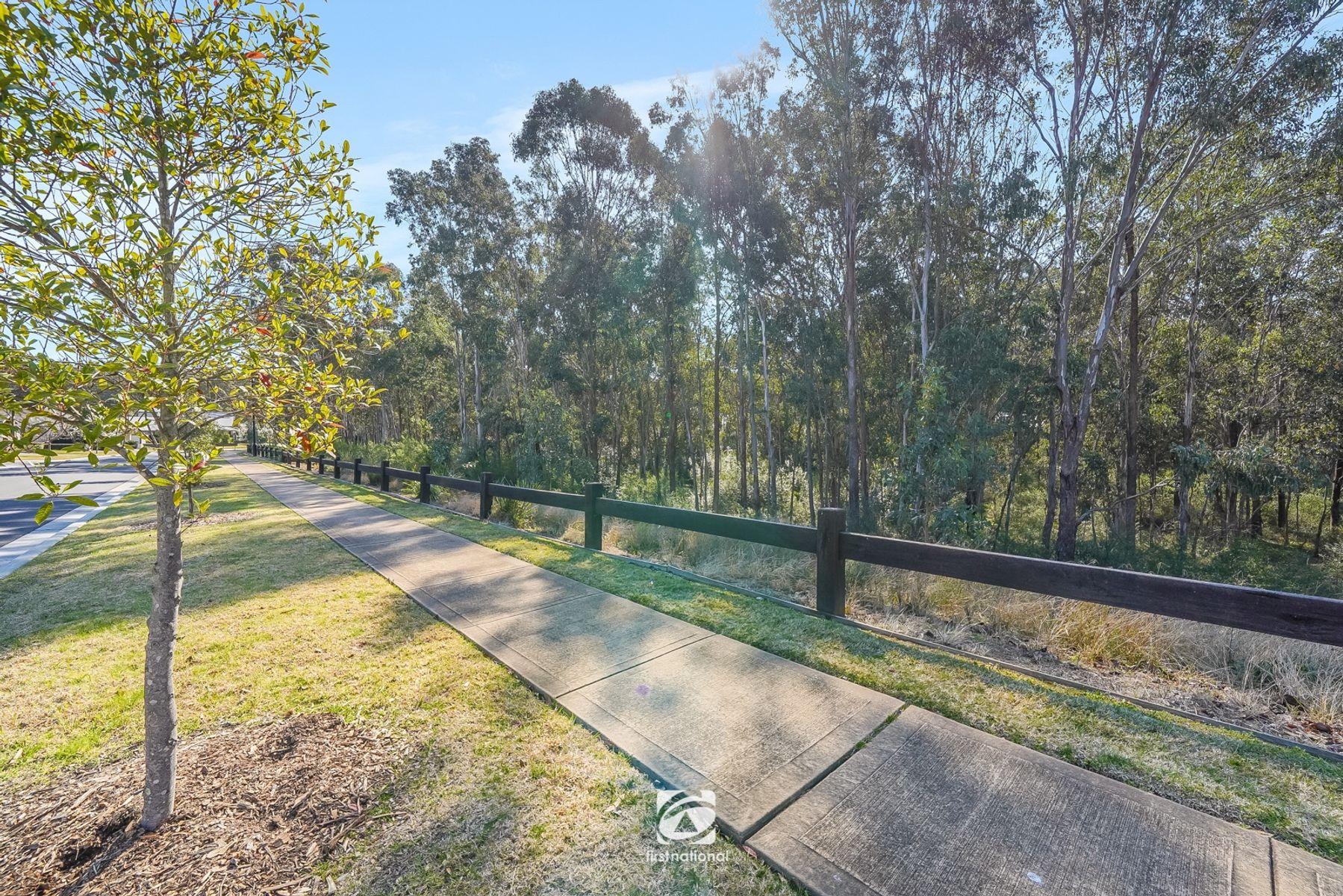 40 Hawthorne Circuit, Harrington Park, NSW 2567