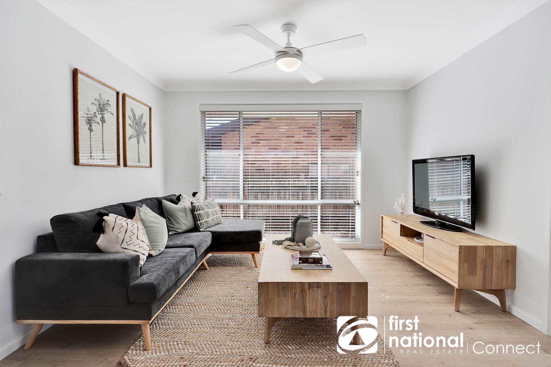15 Phillip Place, McGraths Hill, NSW 2756