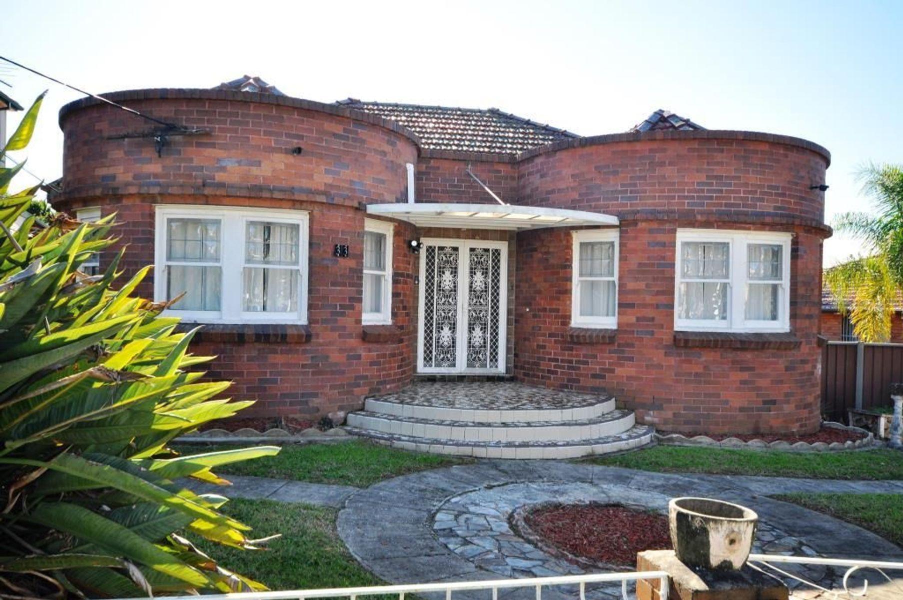33 Wanda Street, Merrylands, NSW 2160